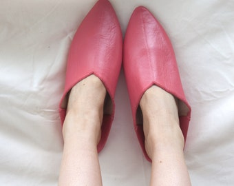 Plain Pointed Moroccan Babouche Slippers, Coral