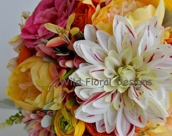 Brides bouquet summer / bright