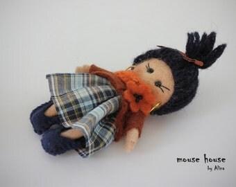 Felt brooch, Gift for a girl, Handmade dolls, Mini dolls, Needle Felted doll, Ornament dolls, Rag dolls, Pocket dolls, Small dolls