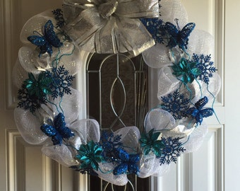 SALE - Christmas Winter Wonderland Snowflake Deco Mesh Wreath
