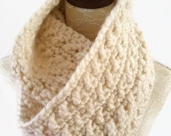 Infinity Scarf, crochet super chunky cowl wrap round infinity scarf, circle scarf.