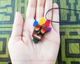 Crash Bandicoot - Aku Aku mask wood necklace
