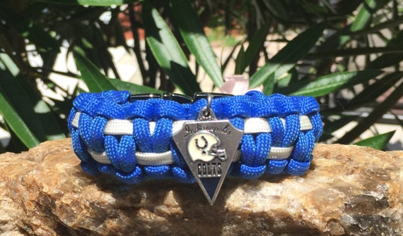Indianapolis Colts Paracord Bracelet, with the Colts logo charm, and a stainless steel metal buckle