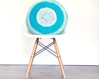 LUMIKELLO. Large round cushion made from recycled materials
