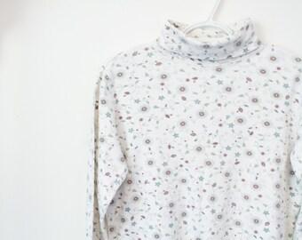 Vintage long sleeve floral turtleneck sweater / Pullover sweatshirt ditzy floral paisley / 90s cute dainty minimal girly