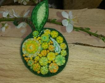 Apple Felt pin, Felt brooch, Green Yellow Apple,Hand embroidery,Felt jewelry,Fruit broach,Funny pins,Eco friendly,Green Jewelry,Summer gifts