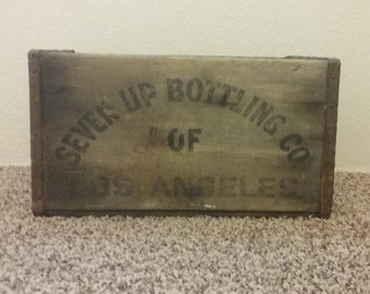 Rare 7up of Los Angeles wooden crate, 1950s wooden crate, antique decor, antique bar decor, man cave decor