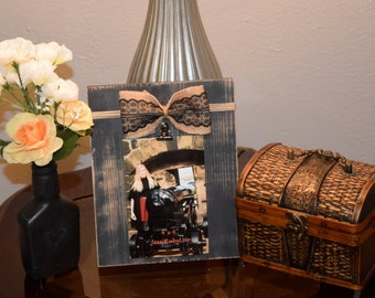 Burlap & Lace Bow Clip Frame - Distressed Black