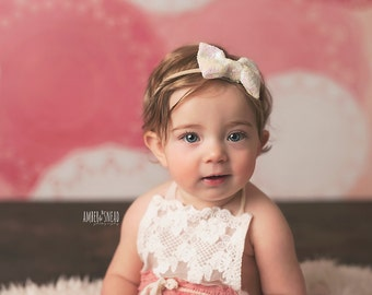 Sparkle Bow Nylon headband, One size fits all nylon headband, baby headband, newborn photo prop, Sequin bow