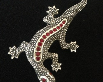 Vintage Silvertoned Highly Textured Salamander/Lizard/Reptile Pin/Brooch--Red Rhinestone Eyes & Red Rhinestone Stripe Down Its Back