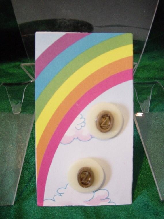 Oz Earrings (Pierced)