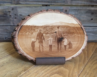 Custom Photo Gift Mom Mothers Day Gift Mothers Day Photo Photo Gifts Engraved Photo Mothers Day Family Photo Photo Engraving Wood Tree Slice