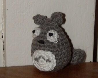 Totoro amigurumi crochet keychain-
