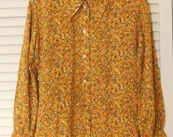 VINTAGE 1960's Ladies Shirt, Size M, Country Sophisticates, Woven Floral