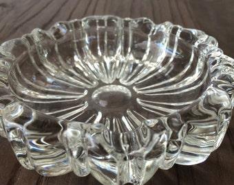 Vintage Pressed Glass Dish Trinket Dish Jewelry Dish Ring Dish Jewelry Holder Candy Dish Nut Dish Ashtray