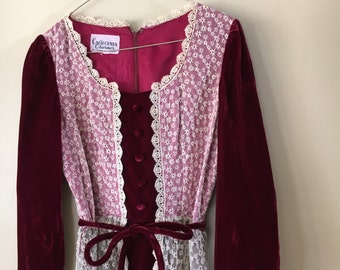 SALE! Vintage 1970s Bohemian Burgandy Velvet 70's Dress with Lace by California Charmer by Charm of Hollywood