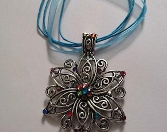 Starflower sparkle necklace
