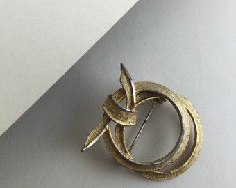 Interlacing Ring Pin