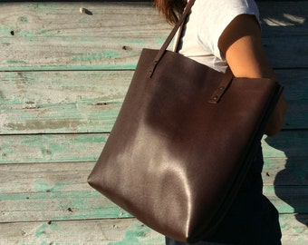 Tote bag Spanish high-quality leather. Chocolat brown