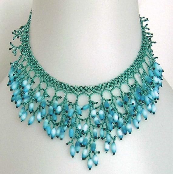 pattern seed beaded necklace netting stitch detailed tutorial