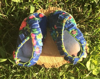 Infant moccasin slippers size 0-6 months