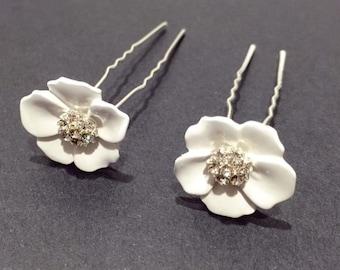 Set of 2 hair pins, Flower hair pin, Bridal Hair pin, Ivory flower hair pins, Wedding hair accessories, Bridal rhinestone hair drops