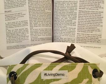 Rivet Bracelet '#LivingDemo'