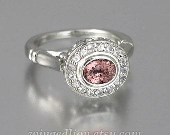 Engagement ring THE SECRET DELIGHT 14k gold Malaya Garnet & white sapphire halo