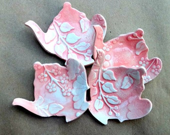 FOUR Ceramic Coral Damask Teapot Tea bag Holders