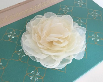 "Cream Peony Flower Hair Clip.Wedding Hair Piece.Peony Bridal Headpiece.Ivory.Creamy Ivory.pin.fabric brooch.flower hair accessory. 3"".3 inch"