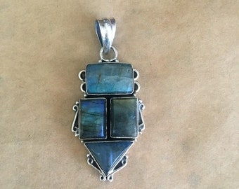 Labradorite and Sterling Silver Pendant (Item #P94)