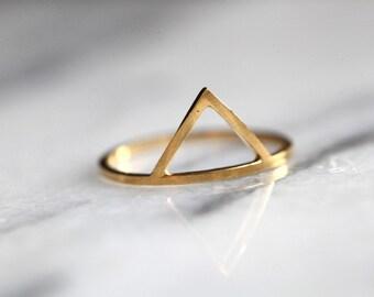 Gold Montagne Triangle , geometric ring, vermeil, peak ring