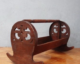 Antique Wooden Cradle Hand Sawn Crib Rocking Baby Bed early 1900's Collectible Photography Prop