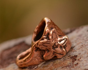 Bail adorned with a Flower, Copper Bronze Pinch Bale, 355d