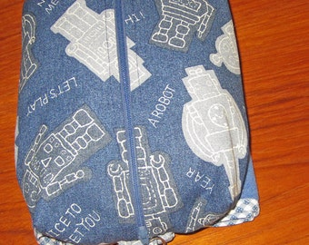 Deluxe Baby Changing Travel Set with Attached Changing Mat and Wrist Strap Japanese Robot Design Navy