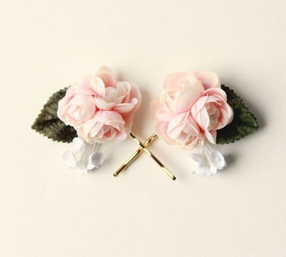 Pastel pink bobby pins, PINK or WHITE, floral hair pin set, Ranunculus hair clips, Pink flower headpiece, bridal hair accessory, wedding pin