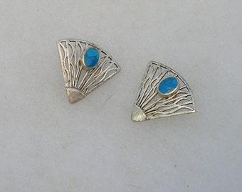 Lovely Sterling Silver Turquoise Fan Style Earrings