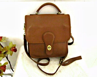 Leather bag, Croft & Barrow Bag Genuine Leather Purse Vintage Brown leather purse.