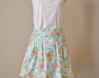 Child cotton pleated skirt. Ready to ship in size 4-5 & 6-7.