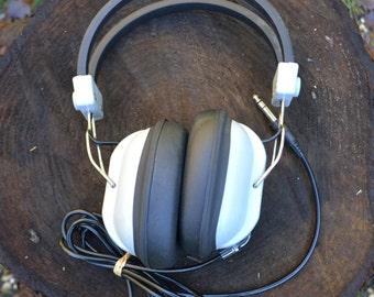JIC Dynamic Stereo Headphones, Working