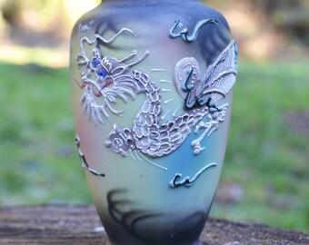 Moriage Dragon Vase