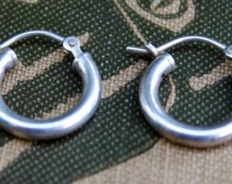 Vintage Earrings Sterling Silver Hoop Style 925