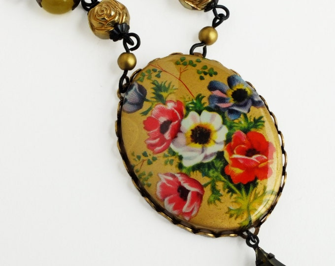 Large Gold Floral Statement Necklace Vintage Poppy Flower Cameo Pendant Victorian Jewelry Baroque Necklace Floral Gold Jewelry