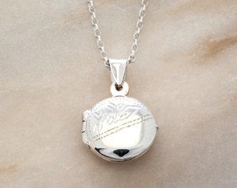 Retro Round Silver Locket Necklace