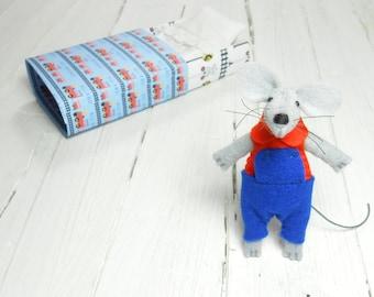 Felt animal Kids gift hand made dolls pre teen gift small wool matchbox mouse doll Christmas stocking stuffer daughter blue