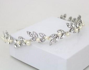 Crystal Bridal headband, Leaf Wedding headpiece, Swarovski crystal hair piece, Bridal hair vine, Pearl head piece, Rhinestone headband