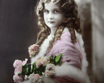 Antique French girl photo postcard, Antique pretty girl RPPC, Vintage French girl photo postcard, Girl with ringlets, Girl with fur