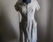 Vintage White Printed Day Dress With Flowers