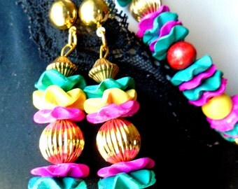 Vintage Fuschia Rippled Stacked Coconut Disks Necklace & Earring Set Gold Brass Pleated Bead Earrings Cha Cha Boho Retro Carman Miranda