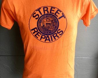 1980s Street Repairs Chicago soft vintage T-shirt - size medium/large